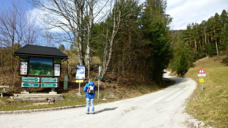 Myrafälle Wandern Wanderung Hausstein Aussicht Gipfelkreuz Natur Wald Ausflug