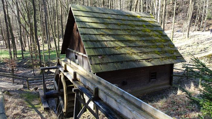 Naturpark Sparbach Wienerwald Wandern Wanderung Niederösterreich Ruine Tiere Streichelzoo Park Wald Natur Aussicht Wassermühle